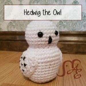Crochet snowy owl