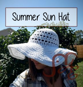 Woman wearing white Crochet summer sun hat
