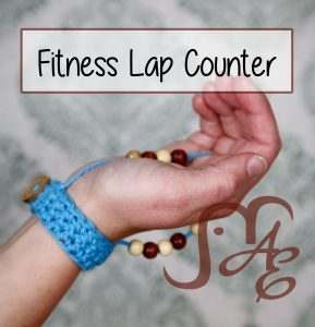Crochet wrist wrap with beads for counting