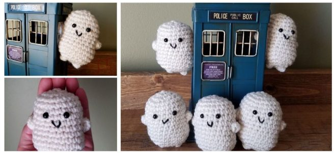 Crochet mini adiposes with blue Tardis
